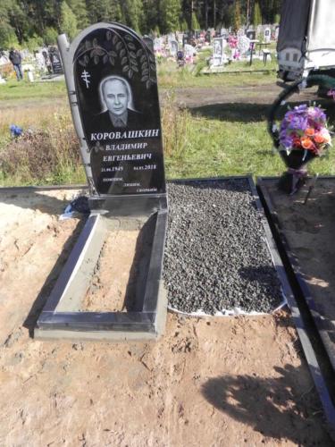 Памятник из гранита №441