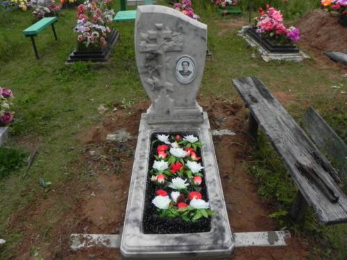 Памятник из полимербетона№95