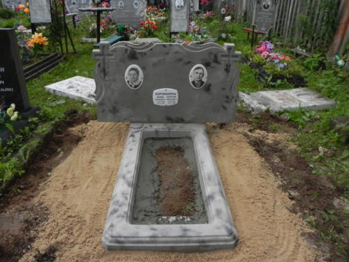 Памятник из полимербетона№102