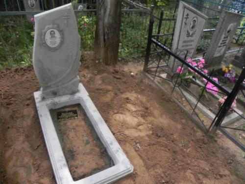 Памятник из полимербетона№103