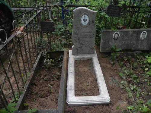 Памятник из полимербетона№106