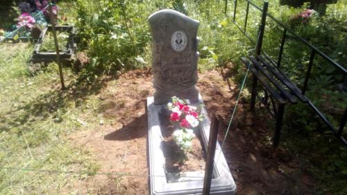 Памятник из полимербетона№93