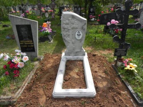 Памятник из полимербетона№69