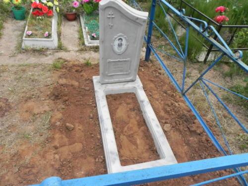 Памятник из полимербетона№65