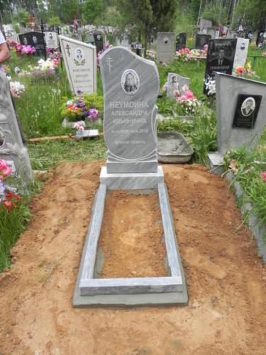 Памятник из мрамора №9