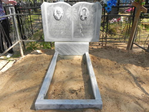 Памятник из мрамора №11