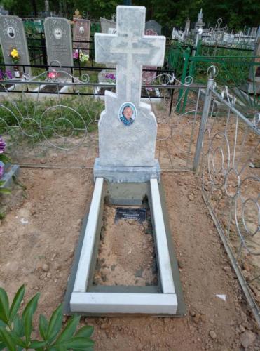 Памятник из мрамора №92