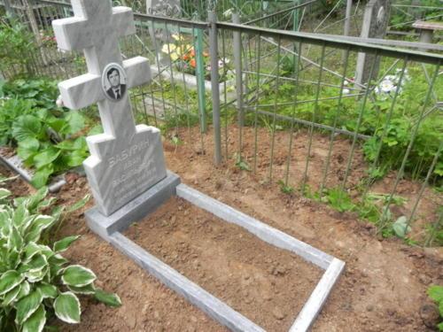 Памятник из мрамора №15