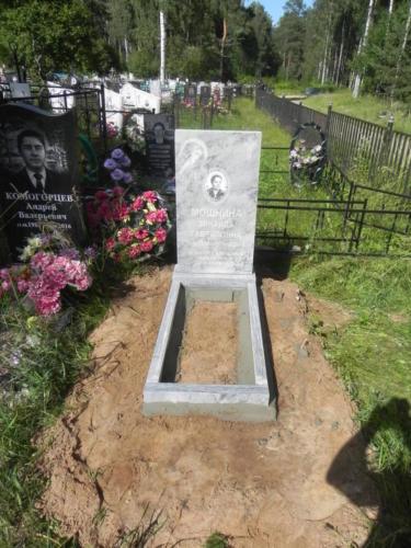 Памятник из мрамора №117
