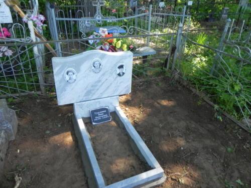Памятник из мрамора №95