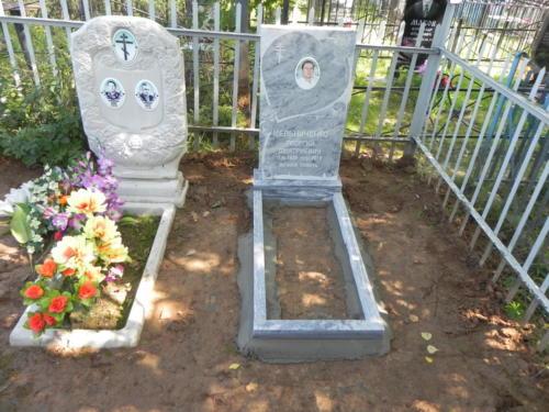 Памятник из мрамора №135