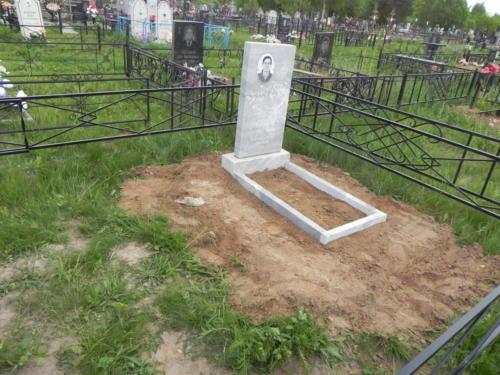 Памятник из мрамора №97