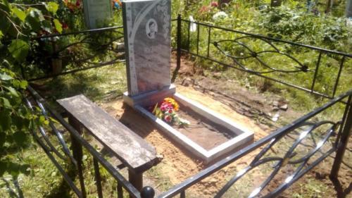 Памятник из мрамора №141