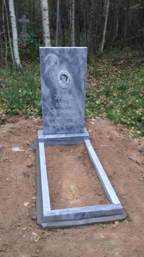 Памятник из мрамора №144