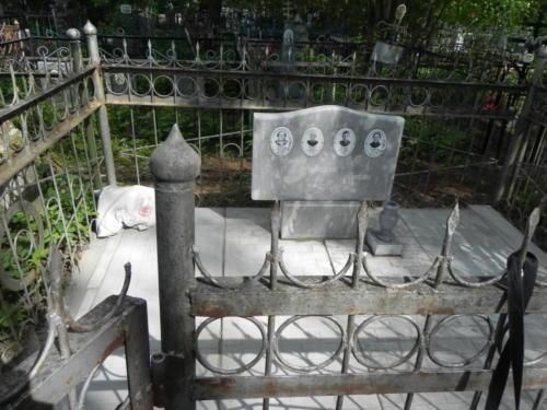 Памятник из мрамора №2