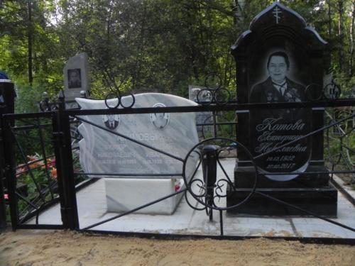 Памятник из гранита №353