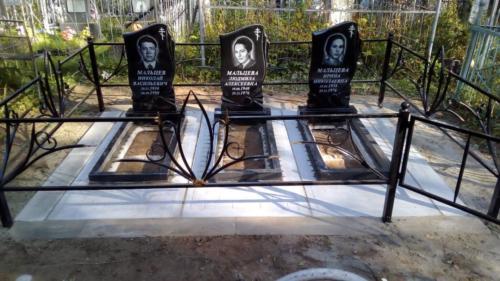 Памятник из гранита №398