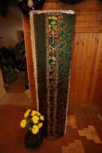 Гроб обитый тканью №2