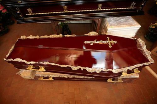Гроб полированный №2