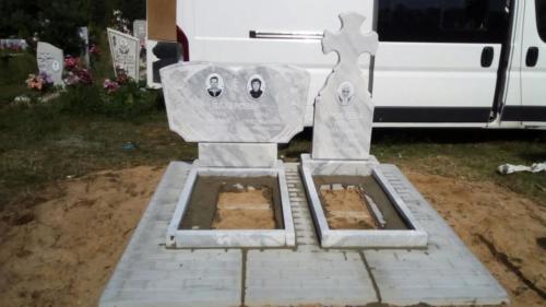 Памятник из мрамора №63