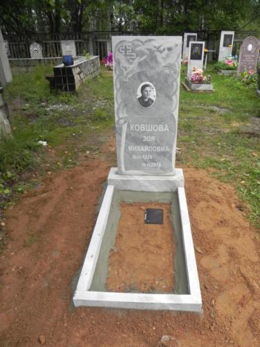 Памятник из мрамора №65