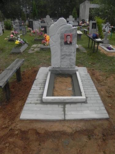 Памятник из мрамора №74