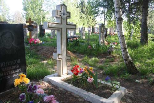 Памятник гранитная крошка №24