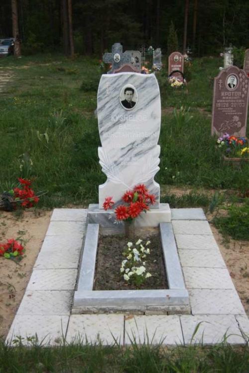 Памятник из мрамора №54