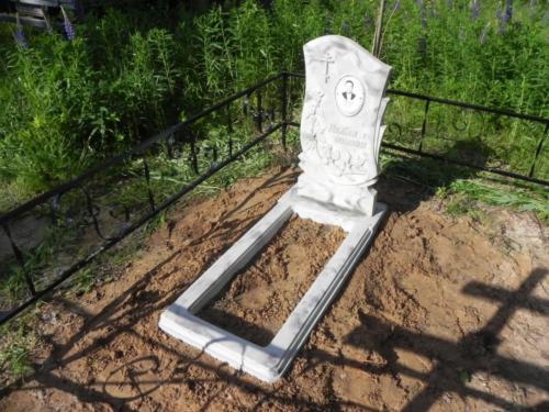 Памятник из полимербетона№14