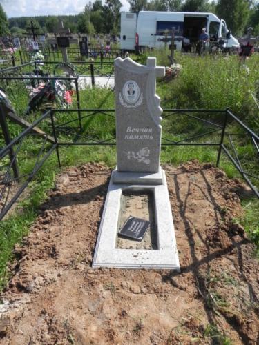 Памятник из полимербетона№33