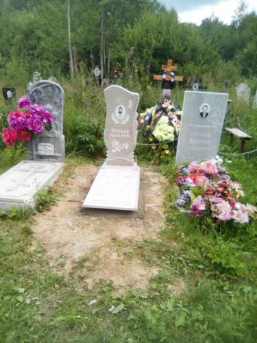Памятник из полимербетона№39