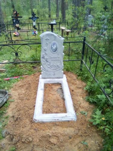 Памятник из полимербетона№37