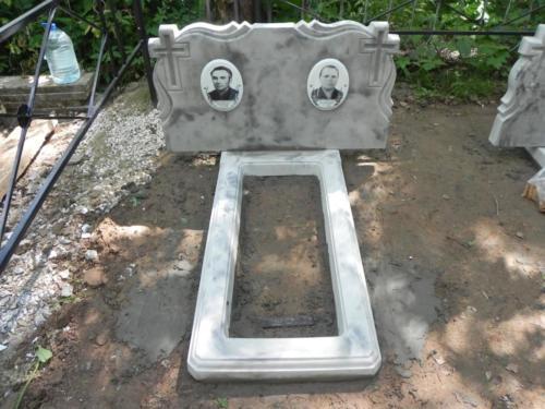 Памятник из полимербетона№7