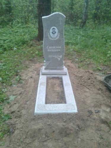 Памятник из полимербетона№2