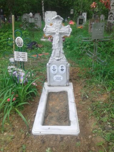 Памятник из полимербетона№3