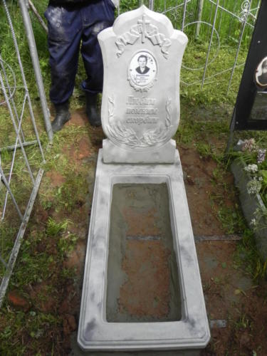 Памятник из полимербетона№4