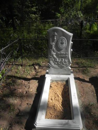 Памятник из полимербетона№44